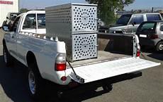 caisse a chien pour 4x4 offroad 4x4 magazine caisse pour chasseur chez modul auto