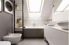 bagno mansarda 4 idee per ricavare spazio in bagno mansarda it