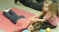 Wellness Mit Kindern - kinderwellness schokomaske und co toureal reisemagazin
