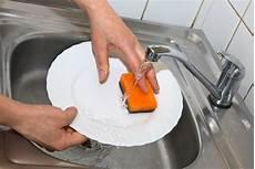 Cuci Pelastik Dengan Teknik Asik Ala Sunlight Ocim