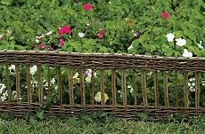 Bordures De Jardin En Bois Bordure Jardin Installer Des Bordures De Jardin