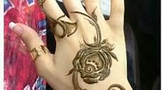 Paling Bagus 10 Gambar Henna Bunga Mawar Simple Gambar