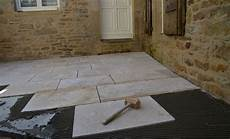 Comment Installer Des Dalles De Terrasse En Les Collant