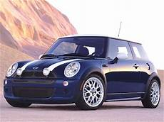 blue book used cars values 2011 mini cooper clubman auto manual used 2004 mini cooper hatchback 2d pricing kelley blue book
