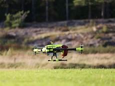drone le plus rapide le drone 224 d 233 fibrillateur plus rapide que l ambulance