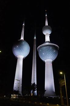 kuwait towers an urban monument shining in a new light facade lighting facade tower