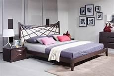 Schlafzimmer Braun Beige Modern - modrest prism modern brown beige bonded leather bed