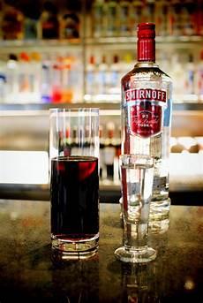 mixed drink rule of thumb ratio is 1 3 eg 1oz smirnoff