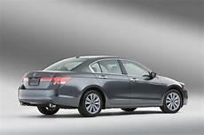 honda accord coupe 2011 carscoop 2011 honda accord sedan and coupe facelift