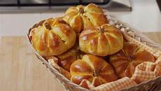 Fatto In Casa Per Voi Ricetta Zeppole Di San Giuseppe Al Forno Di Benedetta Rossi   fatto in casa per voi panini soffici alla zucca di benedetta rossi nel 2020 ricette idee