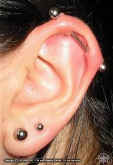 Piercing Barre Cartilage Soucis Piercing Ch 233 Lo 239 De