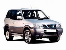 nissan terrano 3 nissan terrano ii 3 0 di sve 3dr station wagon 2000 2007