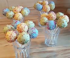 cake pop rezept vanille cake pops dashonigkuchenpferd chefkoch de