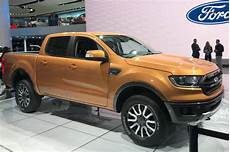 ford up ranger new facelifted ford ranger up revealed pictures