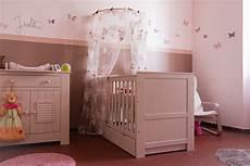 décoration murale chambre fille chambre bebe deco fille visuel 7