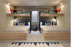 2 Bedroom Ideas For Small Rooms by Interior Design Ideas For Sleeping Six In A Room