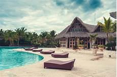 swimmingpool luxus im eigenen erholungsortpool swimmingpool im freien des luxushotels