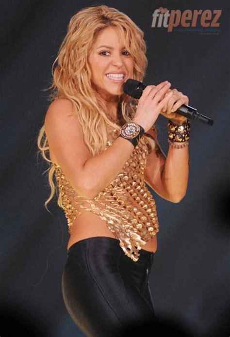 Shakira Pregnant Photos