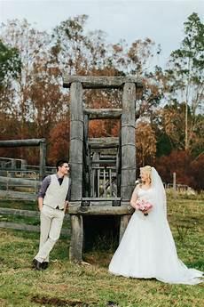 diy rustic country qld wedding polka dot bride