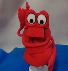 como hacer un disfraz del cangrejo sebastian imagui