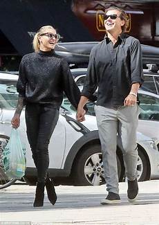 gavin rossdale and thomalla look besotted in