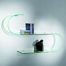mensole in vetro per soggiorno mensole moderne design in legno metallo o vetro da parete