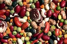 alimenti contro il colesterolo alto alimentazione per colesterolo quali cibi assumere e quali
