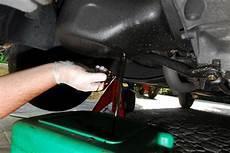 remplacer l huile moteur regulierement est utile car vidange dixmilleastuces