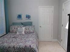 Womens Bedroom Ideas For Small Rooms by Need Help Furnishing Decorating A Small Bedroom