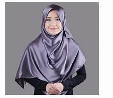 Pilihan Jilbab Instan Pesta Mewah Yang Recommended Untuk Anda