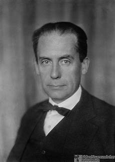 walter gropius architect and founder of the bauhaus 1926