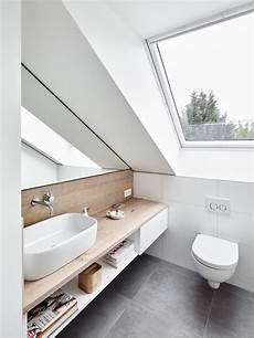 Spiegel Für Toilette - dachfenster dachgeschoss spiegel holz waschbecken