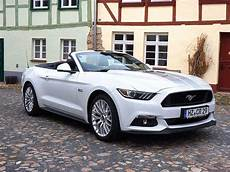 2016 ford mustang gt cabrio 1 tag mo do bei