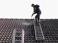 technitoit prix au m2 d 233 mousser une toiture wikilia fr