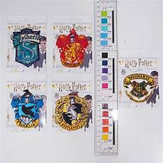 b 252 gelbild wappen gryffindor applikation harry potter