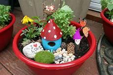 pink and green teacher appreciation gift garden bowls