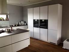küche matt weiß h 228 cker kundenk 252 chen k 252 che herweck