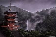 10 Foto Pemandangan Indah Negara Jepang Di Musim Hujan