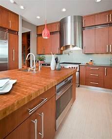 Quelle Couleur Pour Une Cuisine En Chene Clair Organic Modern Kitchen For Bachelor In Detail Interiors