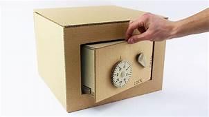Sadece Bir Kutu İle Kilitlenebilir Kumbara Nasıl Yapılır