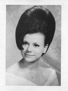 hair on pinterest big hair helmets and 1960s 349 best images about vintage big hair ii on pinterest 60s hair 1960s and the ronettes