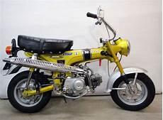 Honda Dax St 50 G Im Erstlack Quot Yellow Special Quot Zu