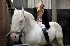 Tamme Hanken Pferd - der ostfriese bilder tv wunschliste
