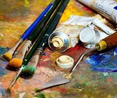 Tempera Color Cerca Con Peinture Huile Pinceau