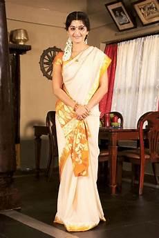 traditional dress of kerala zerokaata god s own kerala kerala traditional dress