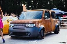 Low Nissan Cube