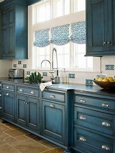 schrank bemalen ideen 23 best kitchen cabinets painting color ideas and designs