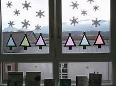 Fensterbilder Weihnachten Vorlagen Grundschule Bastelidee F 252 R Eine Weihnachtliche Fensterdeko