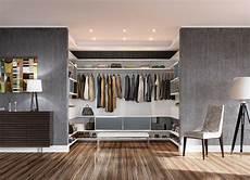 kleiderschrank selbst bauen mit begehbarer kleiderschrank selber bauen 50 schlafzimmer