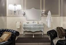 mobili bagno stile barocco arredo bagno con base sospesa per lavabo laccata ral 7044